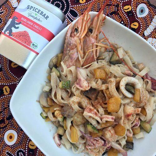 Tagliatelle di riso Oriental style con peperoncino di Berlino Spicebar