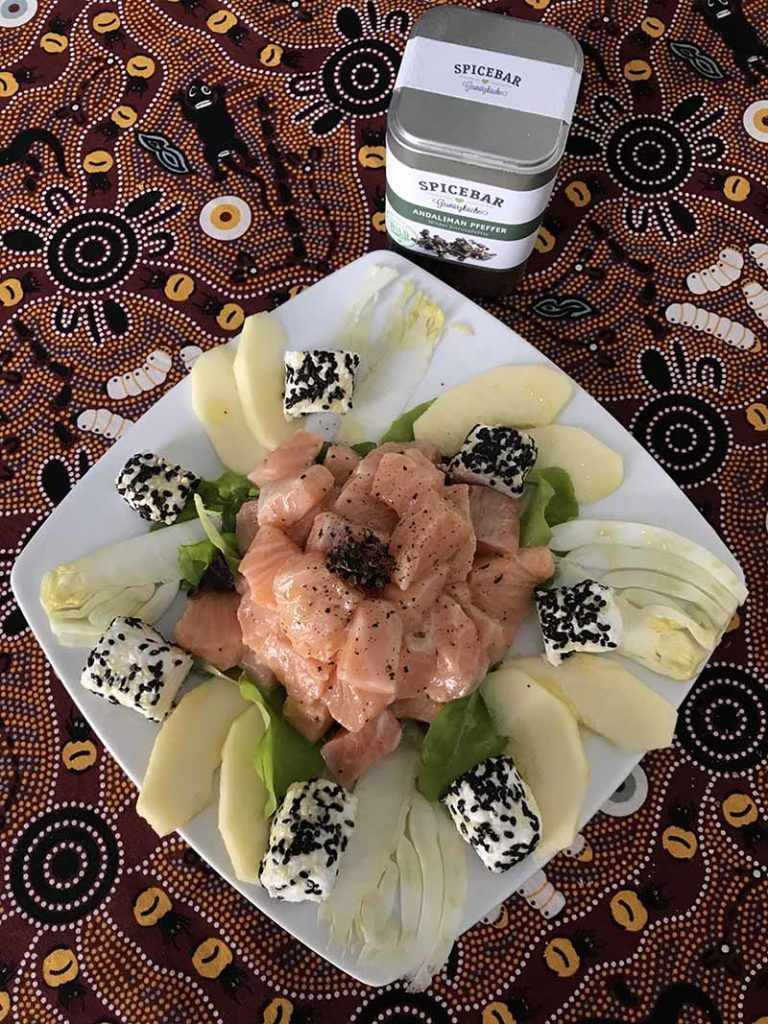 Salmone all'arancia e caprino con pepe Andaliman di Spicebar