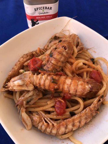 Spaghetti con le cicale e peperoncino Berliner Chilli Spicebar